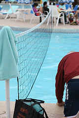 [Adult Pool Party games A Volleyball net in pool