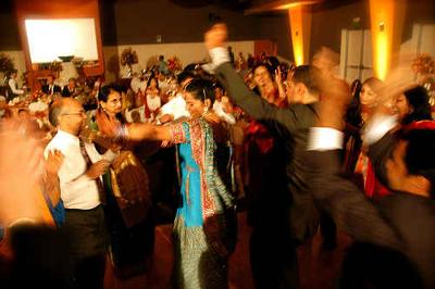 Wedding Party Songs Dance on Funny Indian Drinking Story At Dance Party