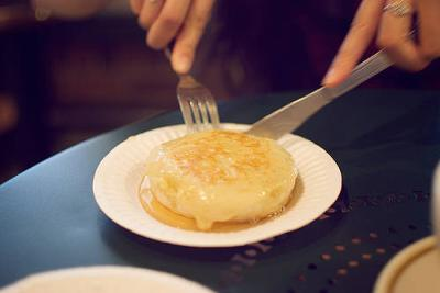 Butter crumpet dare, harder than it looks