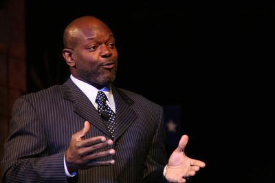 Meet Emmitt Smith, the famous American football player